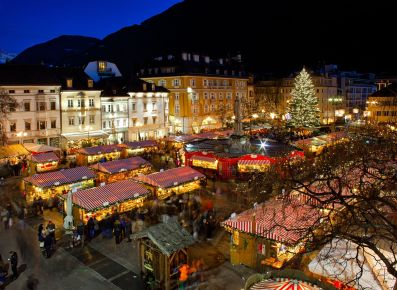 16842757 - christmas market in bolzano with lights and decorations