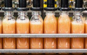 process-bottling-grapefruit@2x